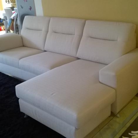 Divano con penisola reversibile schienale alto divani a prezzi scontati - Schienale divano ...