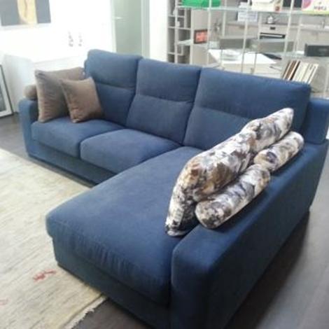 outlet divano con penisola scontato modello evoque