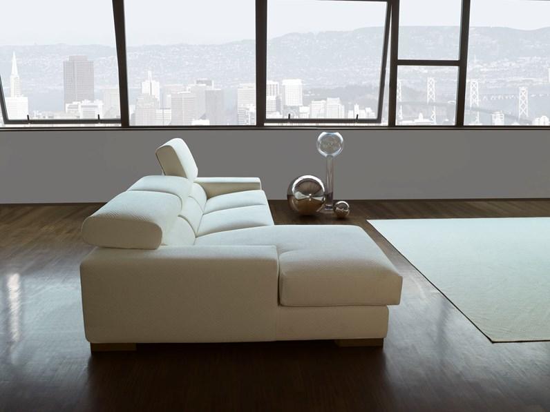 Divano con penisola - Altezza quadri sopra divano ...