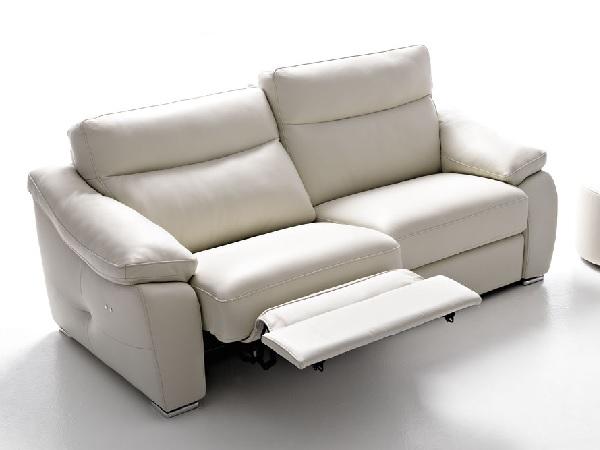 Divano con relax scontato divani a prezzi scontati - Divano letto elettrico ...