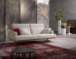 divano con schienale reclinabile