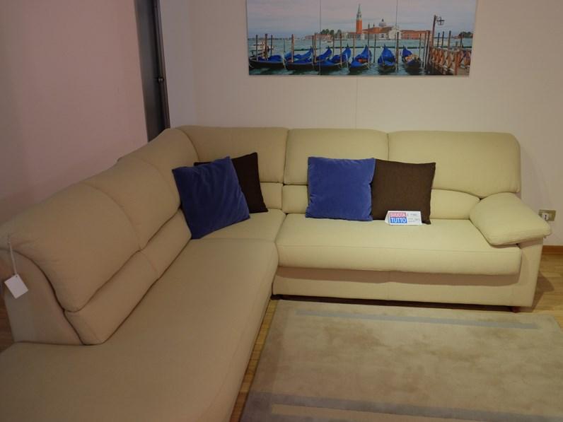 Divano de angeli habana scontato del 65 divani a prezzi scontati - Rivestimento divano costo ...