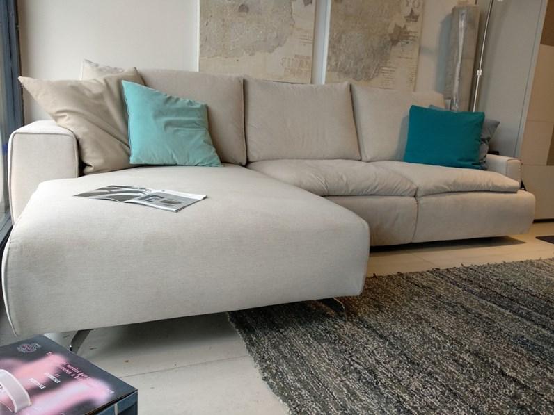Divano di ditre italia in offerta outlet - Outlet del divano assago ...