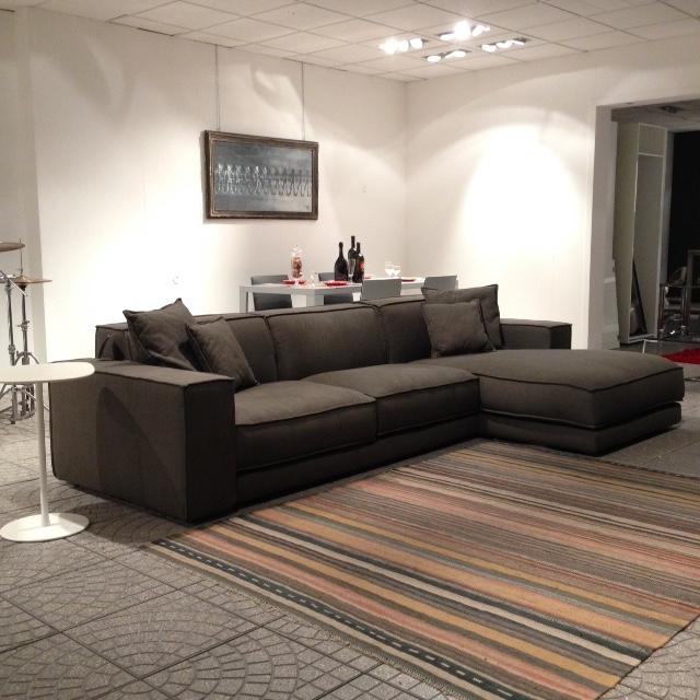 Divano ditre italia bubl scontato del 40 divani a prezzi scontati - Outlet del divano assago ...