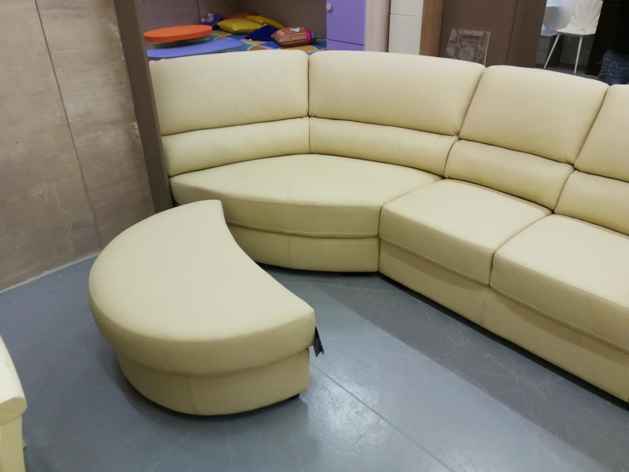 Divano ditre italia divano in pelle con penisola divani for Divano in pelle con penisola