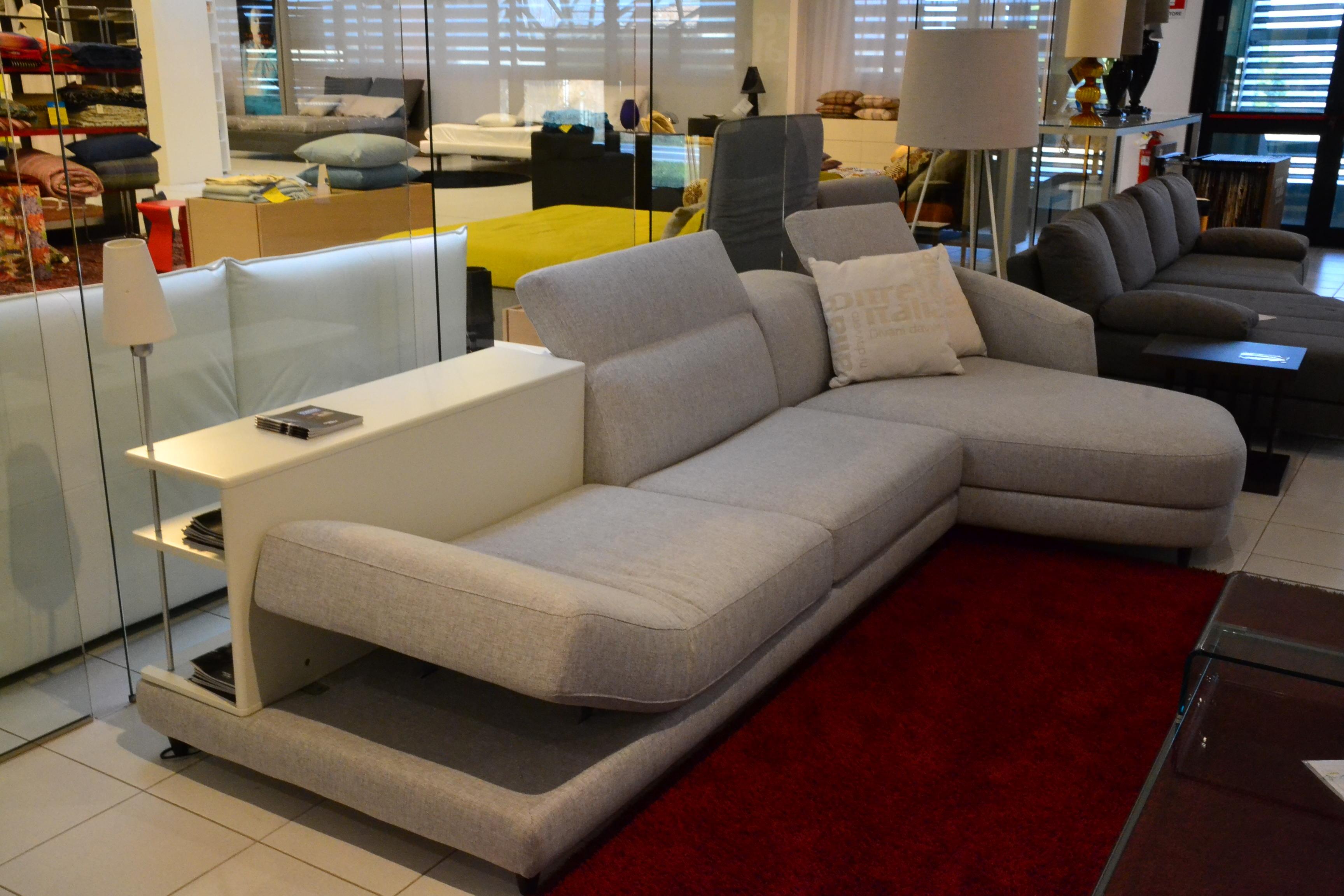 Divano ditre italia dunn sottocosto divani a prezzi scontati for Di tre italia