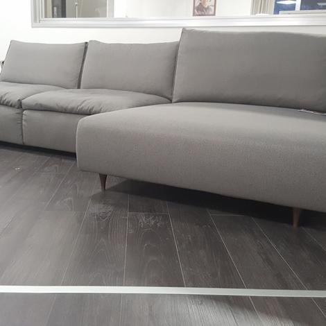 Divano ditre italia eclettico scontato del 50 divani - Costo rivestimento divano ...