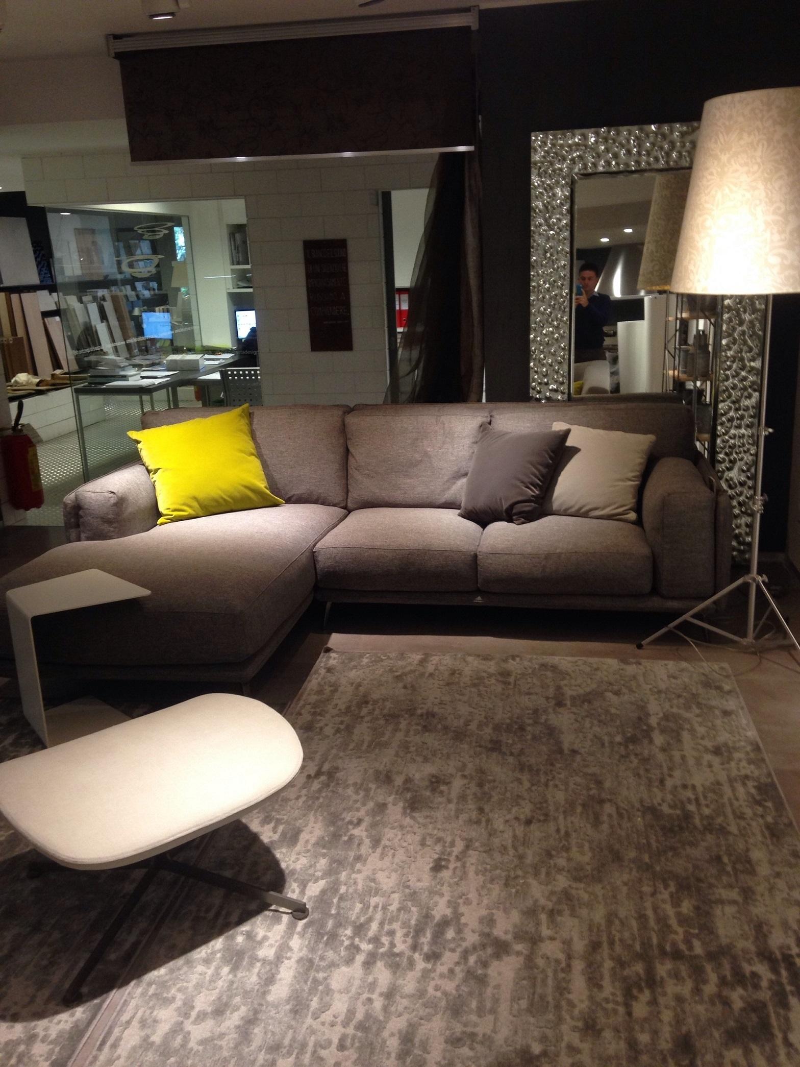 Divano ditre 39 italia modello kris con chaise longue divani a prezzi scontati - Divano con chaise longue ...