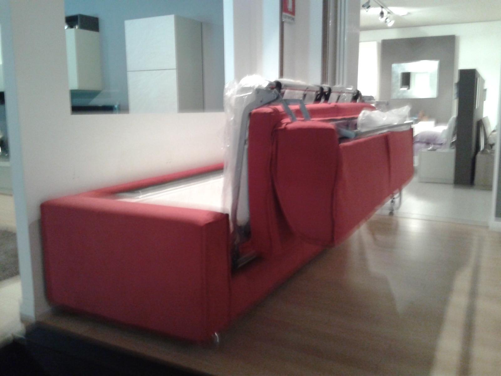Campeggi divani prezzi disegno idea prezzi divano letto - Divano letto castello prezzi ...