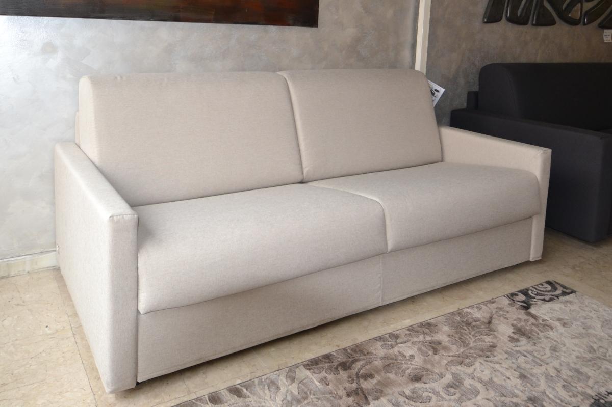 Divano doimo salotti morfeus divani a prezzi scontati - Rivestimento divano costo ...
