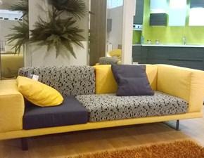 Outlet divani lineari
