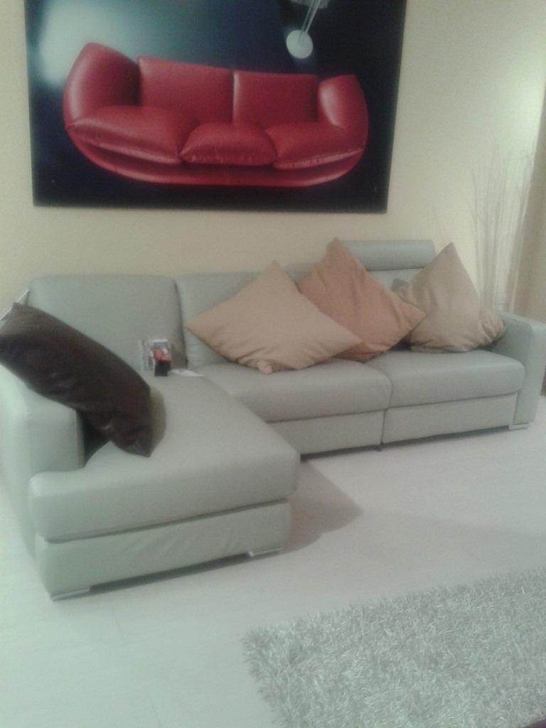 Divano doimo sofas in pelle divani a prezzi scontati - Doimo sofas prezzi ...