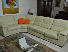 Outlet divani prezzi sconti del 50 60 70 for Divani in vera pelle