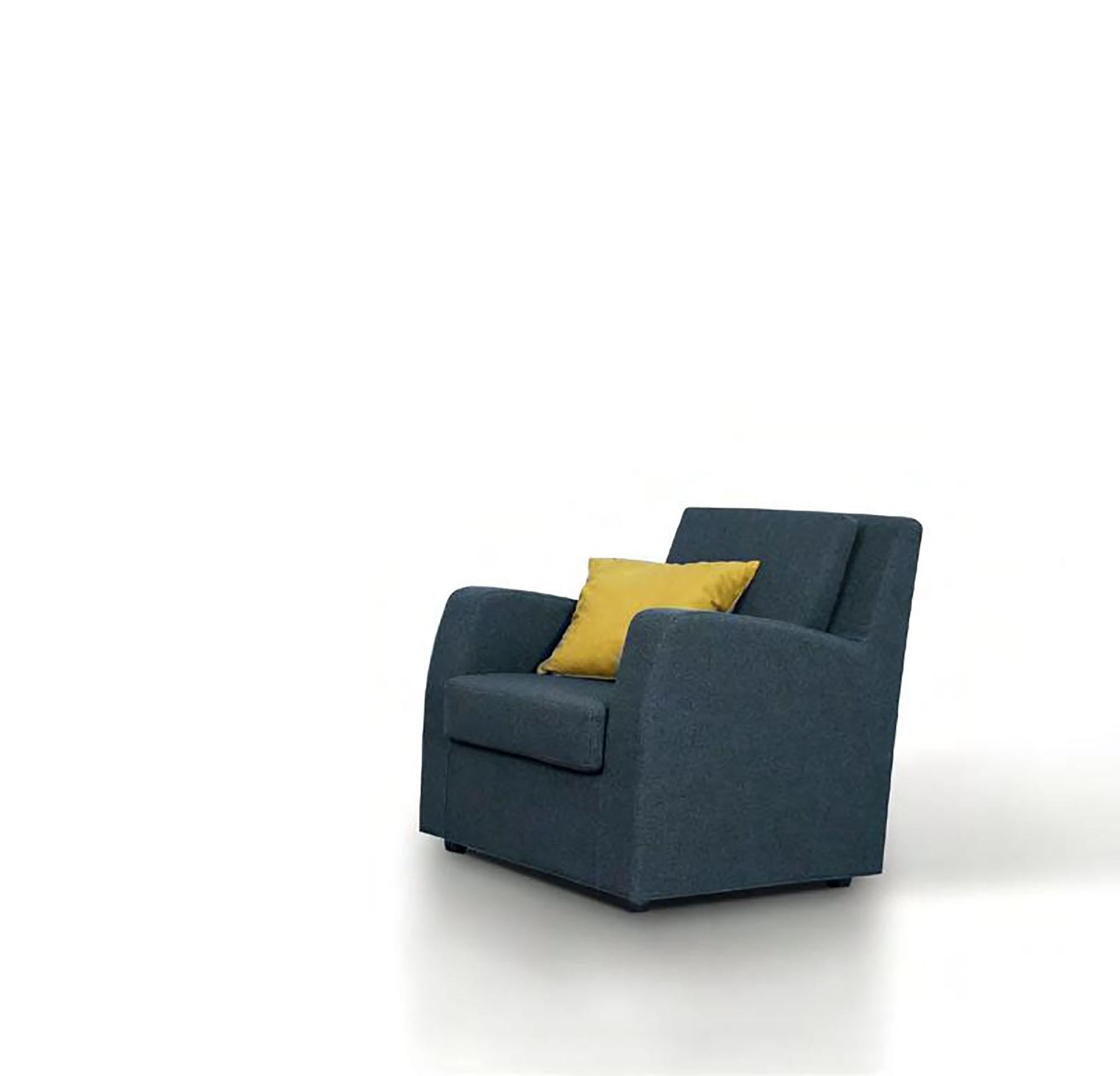Divano errebi salotti modello play con chaise longue tessuto 3 posti divani a prezzi scontati - Divano 4 posti con chaise longue ...