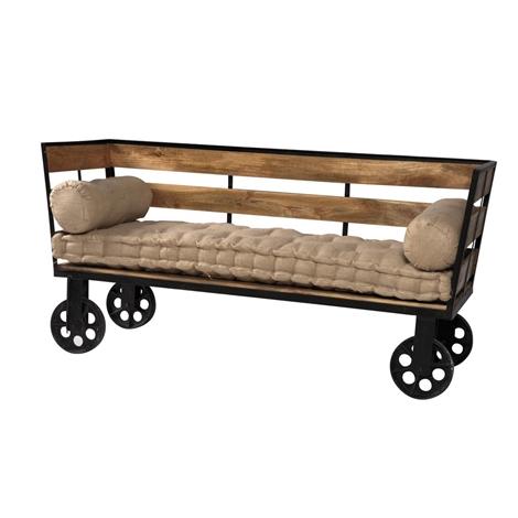 Divano etnico outlet divano industrial con ruote struttura legno massello e ferro in offerta for Etnico outlet
