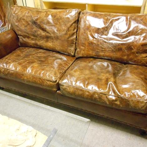 Etnico outlet divano divano vintage in pelle scontato del for Etnico outlet