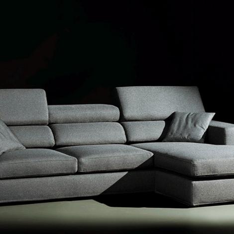Divani angolari exc modello gaia scontati divani a for Prezzi divani angolari tessuto