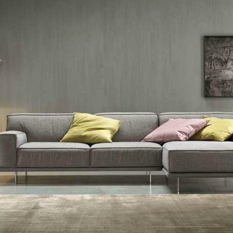 divano felis modello young con penisola scontato divani