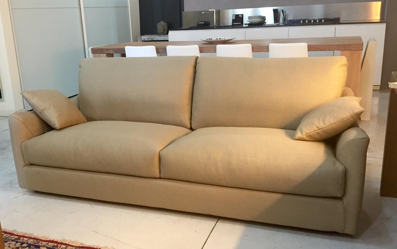 Divano Tessuto Posti : Divani lineari tessuto divano posti a prezzi