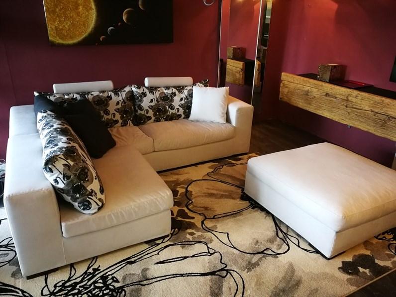 Salotti Angolari Piccoli : Idee salvaspazio divano angolare per piccoli spazi