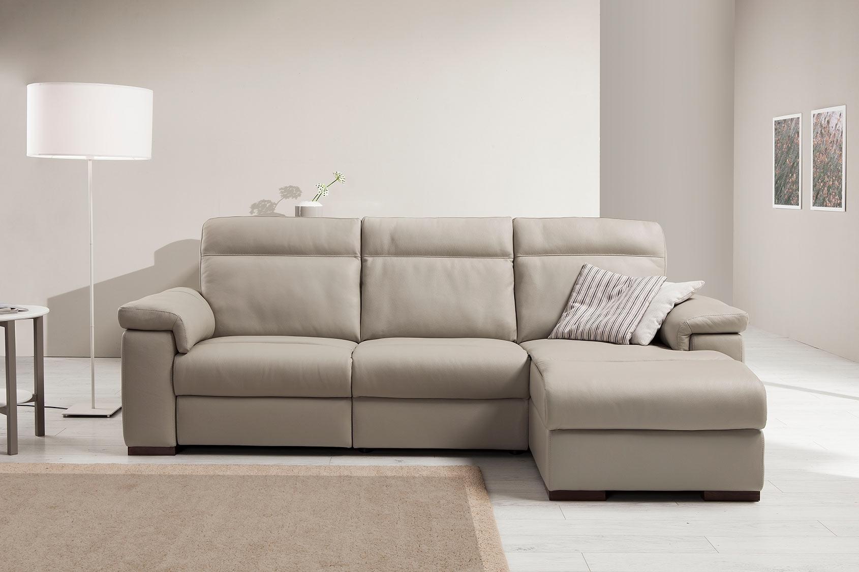 divano in pelle con penisola modello loryan egoitaliano