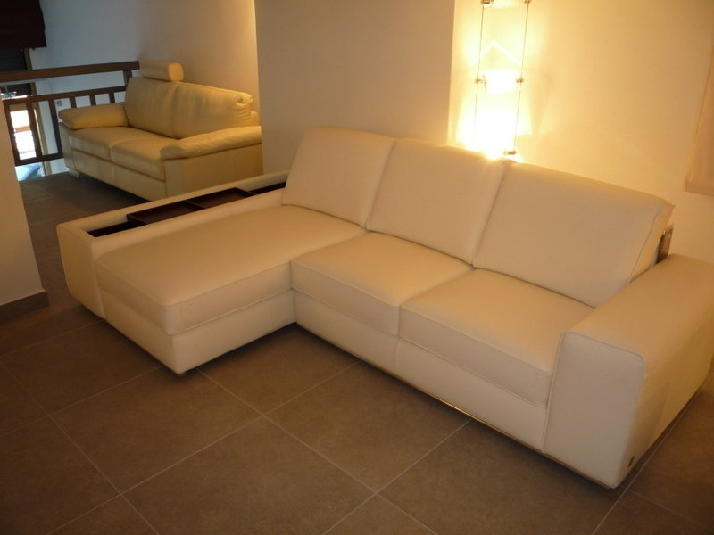 Divano in pelle doimo sofas 2861 divani a prezzi scontati for Divano letto doimo