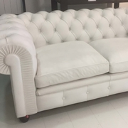 Divano Poltrona Xaria in pelle tipo Chesterfield in offerta