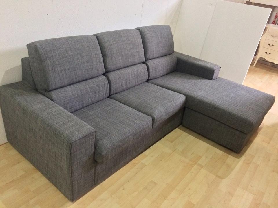 Divano in tessuto grigio con penisola reversibile felix - Tessuto rivestimento divano ...