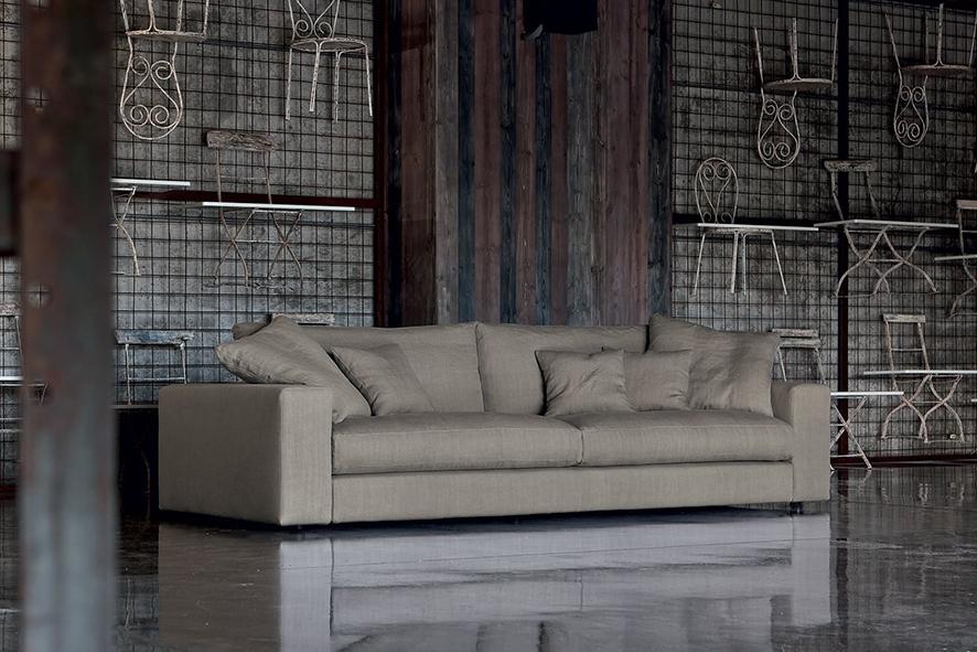 Come smacchiare il divano come pulire il divano in pelle - Pulire divano in pelle ...