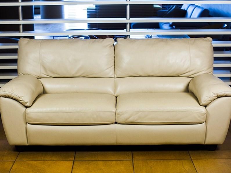 Divano klaus in pelle divani divani by natuzzi prezzi outlet - Divano klaus prezzo ...
