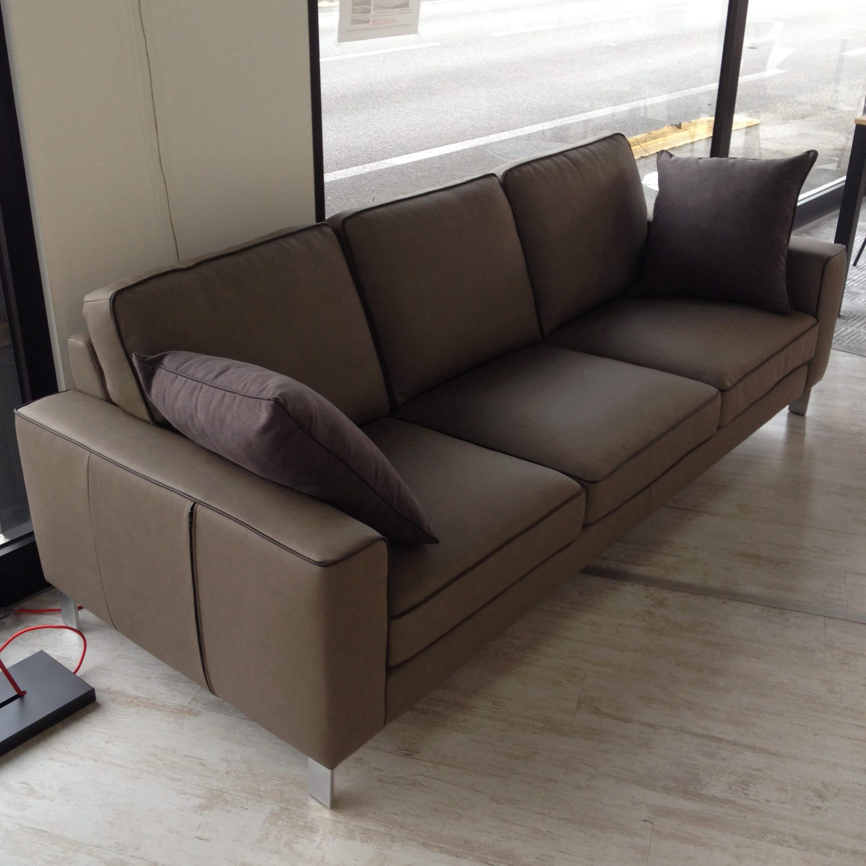 Divano 3 posti lecomfort mod russel 35 divani a - Divano 2 posti dimensioni ...