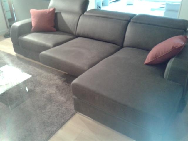 Divano lecomfort divano gregory divani a prezzi scontati for Le comfort divani