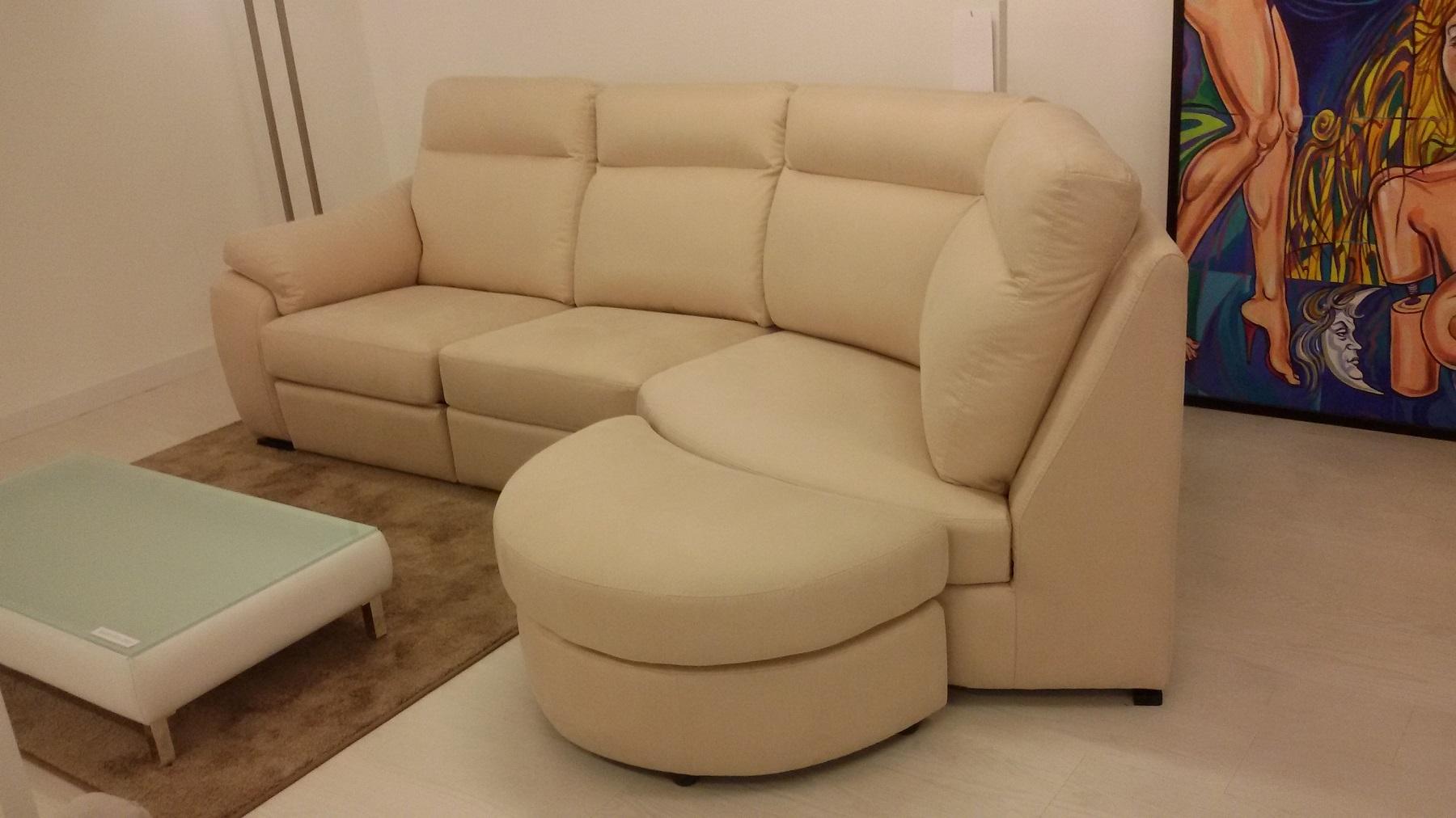 Divano con penisola tonda divani a prezzi scontati - Altezza seduta divano ...