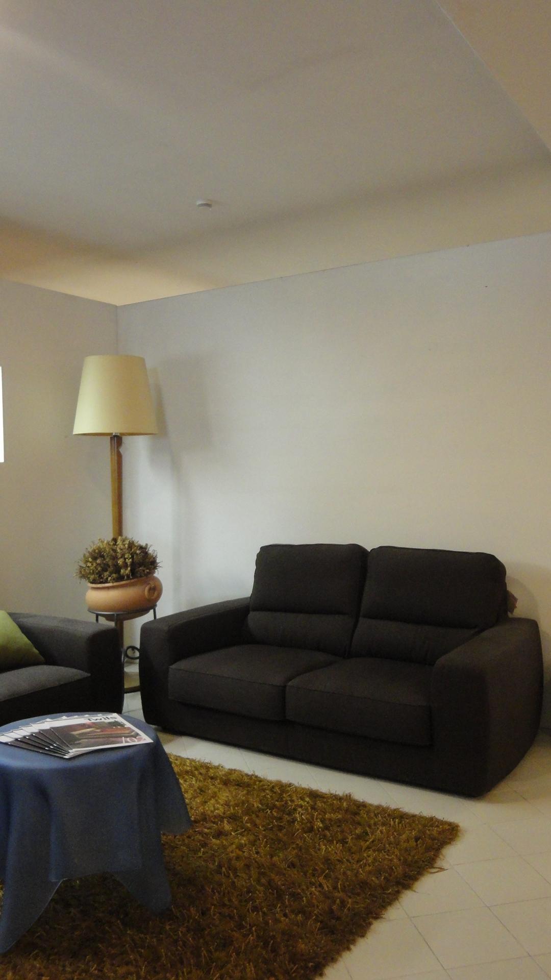 Divano lecomfort tommy divani lineari tessuto divano 4 for Divano 4 posti dimensioni