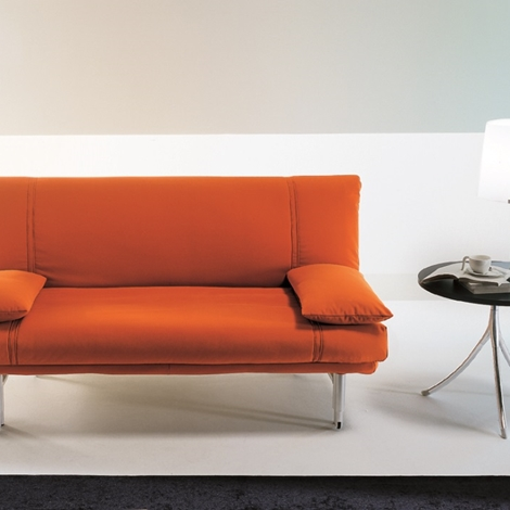 Divano letto bonaldo modello amico divani a prezzi scontati for Lunghezza divano letto