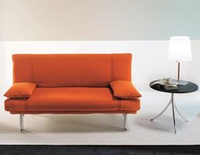 Divano-letto Bonaldo modello Amico. Divano-letto con la struttura in metallo e l'imbottitura in tessuto.