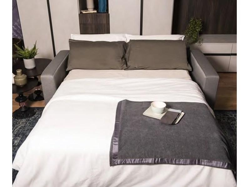 Divano letto con ottimo materasso diversi tessuti for Divano letto con materasso