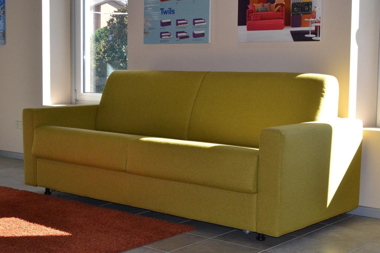 Divano letto errebi divani a prezzi scontati for Lunghezza divano letto