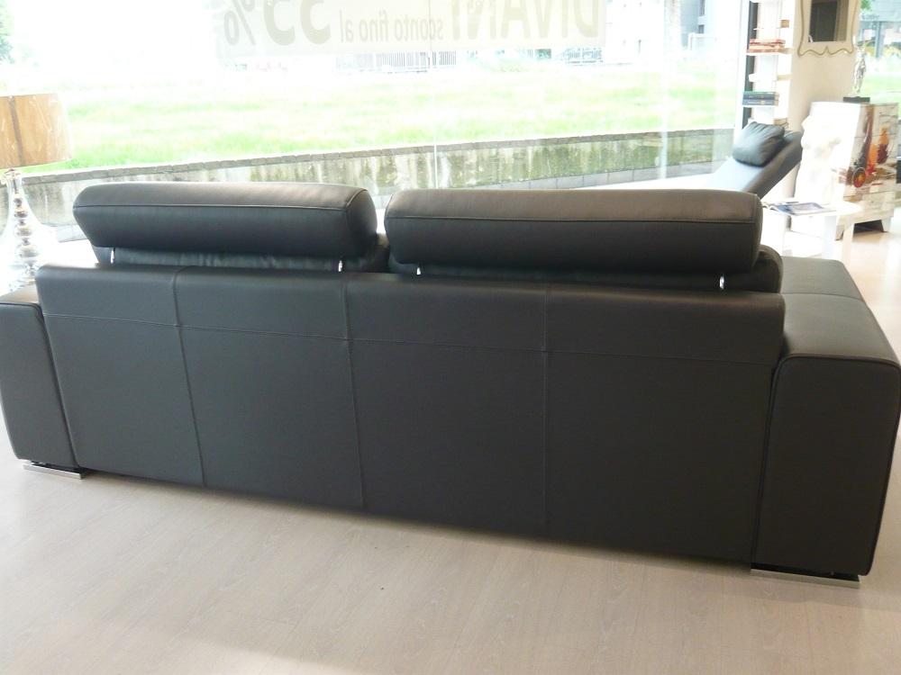 Letto pelle ovvio idee creative di interni e mobili - Divani letto ovvio ...