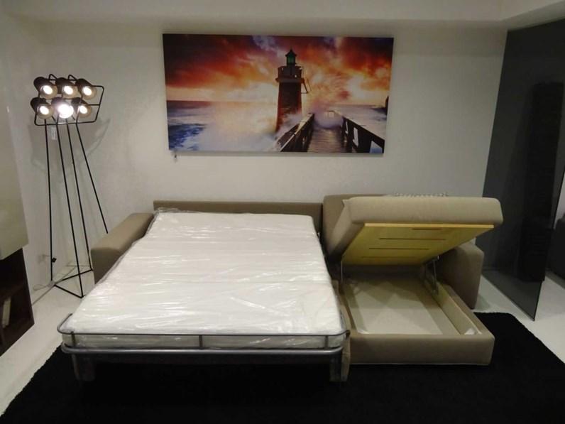 Divano letto in tessuto campeggi a prezzo scontato for Divano letto campeggi
