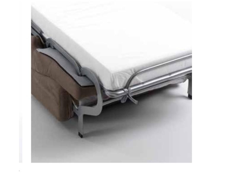 Divano letto in tessuto di Salvetti a prezzo ribassato