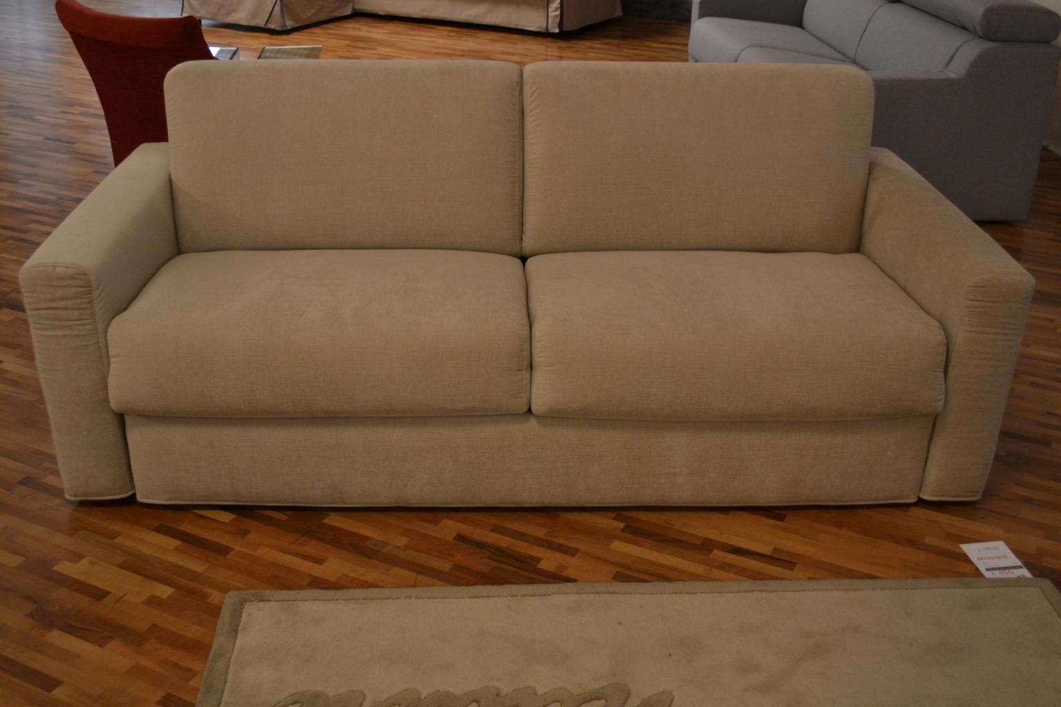 Divano letto kendo offerta divani a prezzi scontati for Divano letto angolare offerta