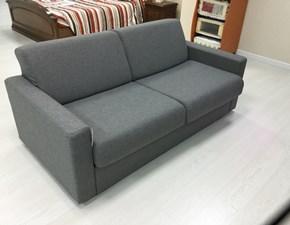 Outlet divani prezzi in offerta sconto 50 60 for Divano letto pronto