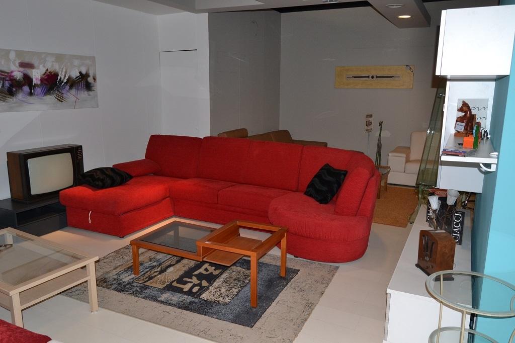 Divano letto rigo salotti mod girondo rosso divani a prezzi scontati - Divano letto angolare rosso ...
