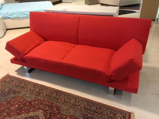 Divano letto rosso divani a prezzi scontati - Divano letto angolare rosso ...