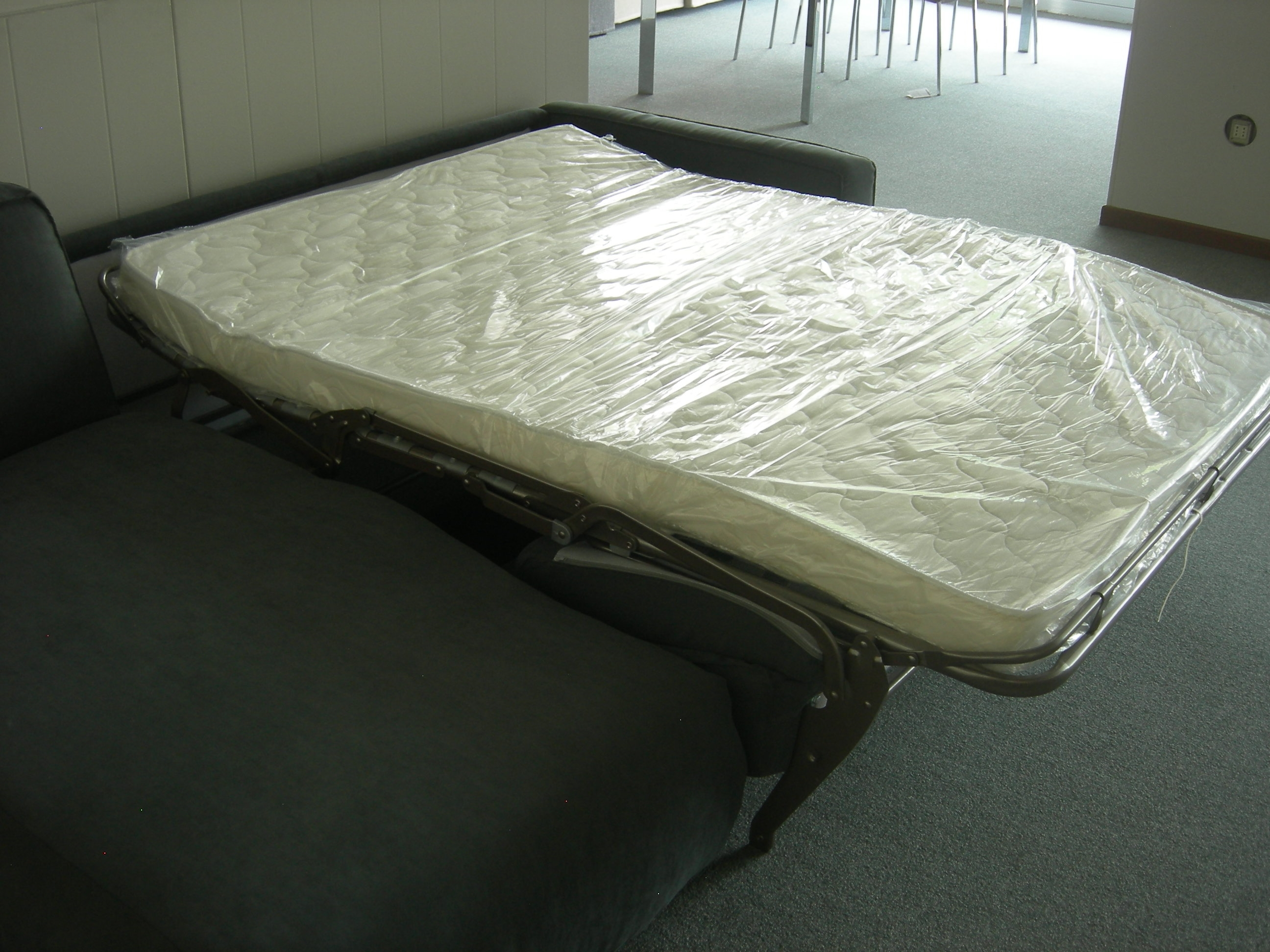 Divano letto skipper con penisola di de angeli divani a - Divano letto con cassettone ...