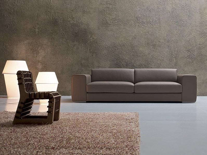 Divano lineare a 2 posti, design by Alberta Salotti, in pelle, nuovo ...