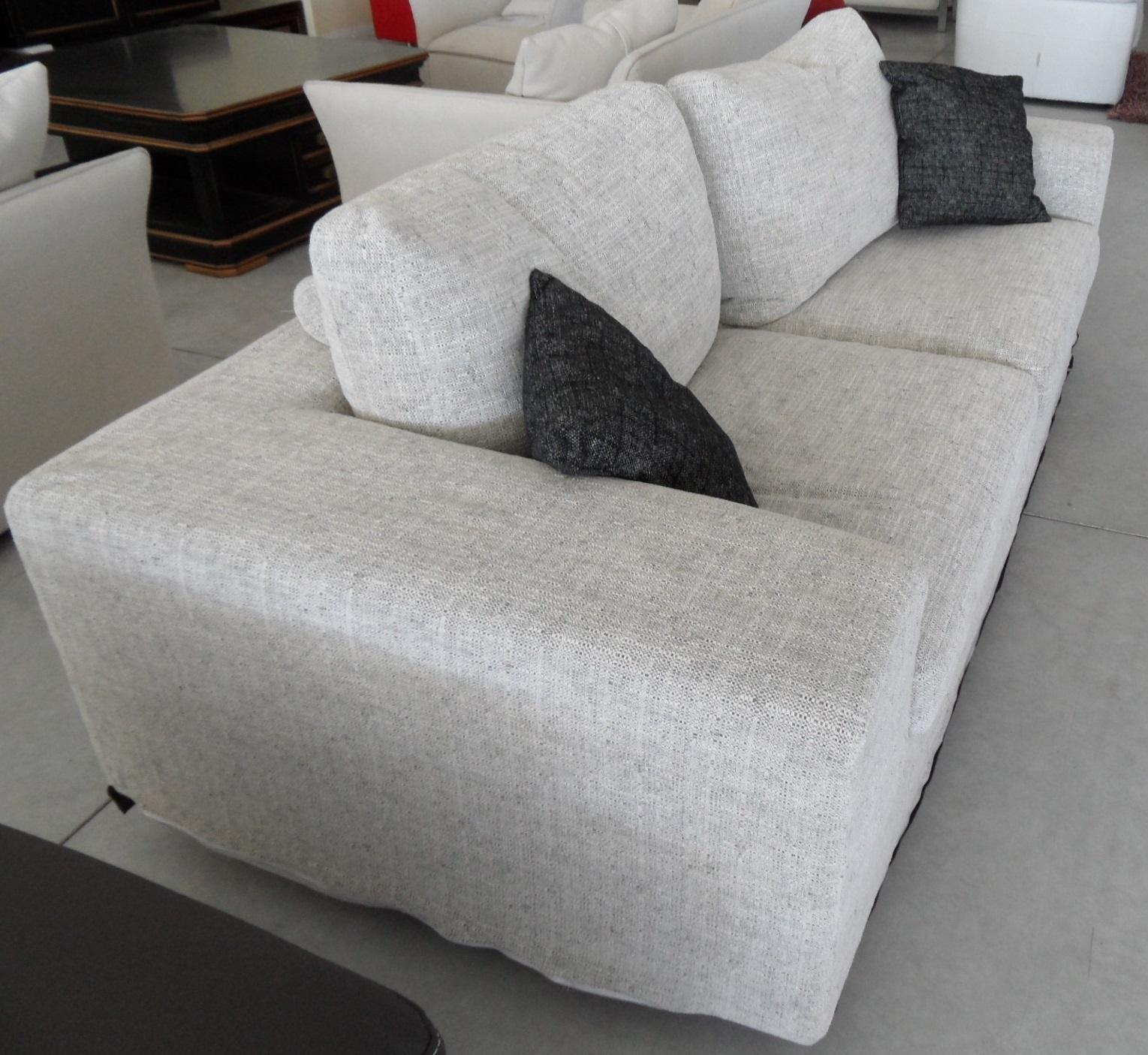 Divano materasso roche bobois idee per il design della casa - Prodotti per pulire il divano in tessuto ...