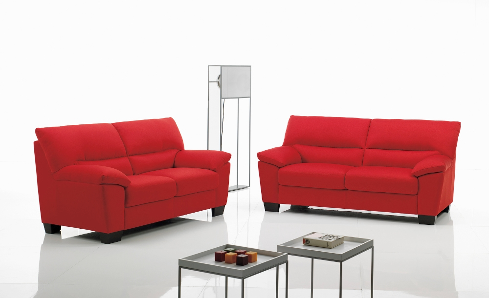 Divano cuoio rosso divano in pelle design rosso posti - Divano in pelle rosso ...