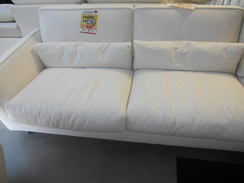 Divano mizar in fuori tutto divani a prezzi scontati - Divano ad angolo prezzi ...